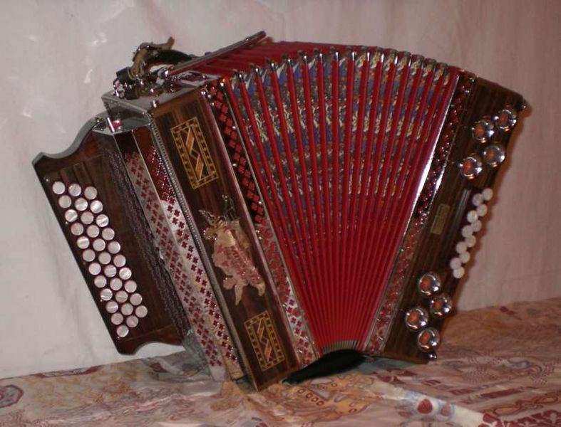 787px-Alpenklang_Harmonika_2